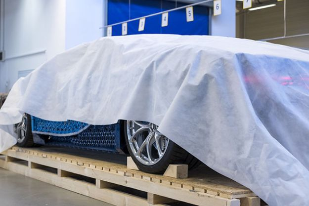life-size-bugatti-chiron-lego-5b88f32621e04__700 LEGO Builds Bugatti Chiron From 1,000,000+ LEGO Bricks, And This Test-Drive Video Shows Just How Epic It Truly Is Design Random