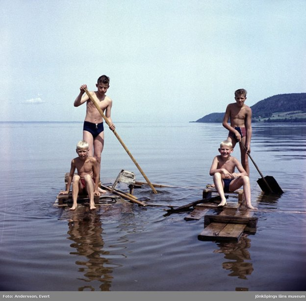 photography-70s-people-huskvarna-evert-andersson-sweden-5-5b7420eca4879__700 These 20+ Photos From A Swedish Huskvarna Town In The 70s Prove Things Were Cooler Back Then Design Photography Random