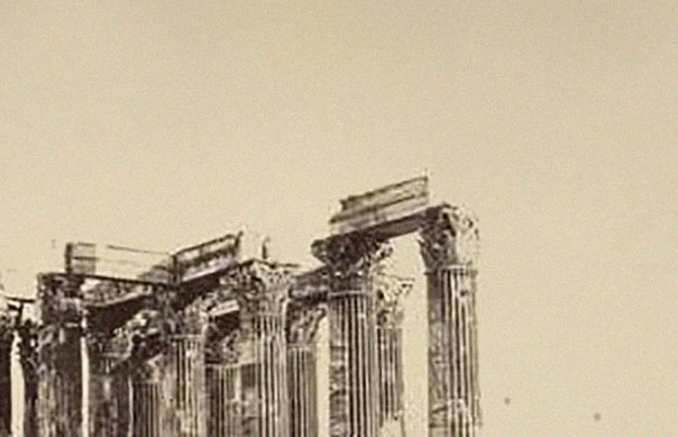 ancient-ruins-mystery-temple-olympian-zeus-athens-5ba3818caf14b__700 Guy Notices Something Odd On Top Of Ancient Greek Temple In 1858 Photo, Makes Fascinating Discovery Design Random