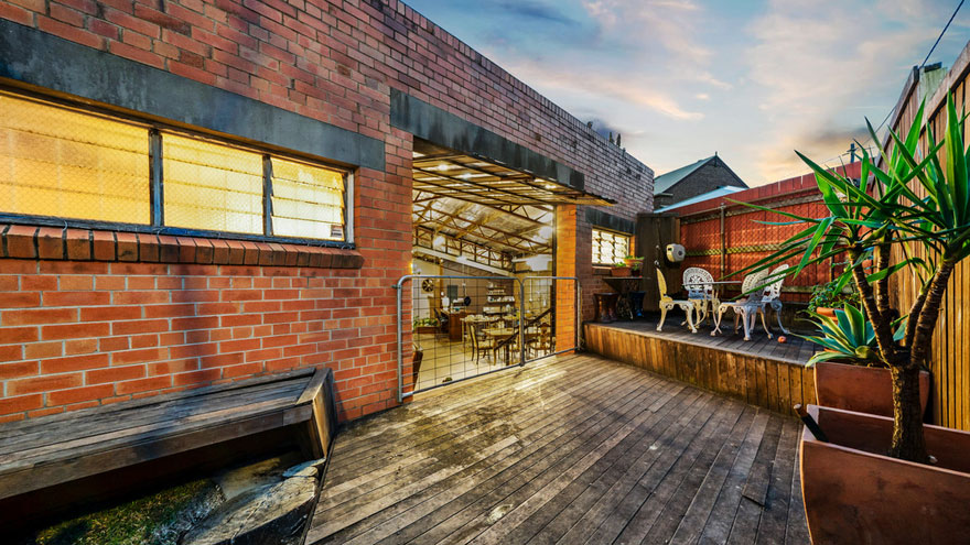 old-warehouse-home-brisbane-australia6