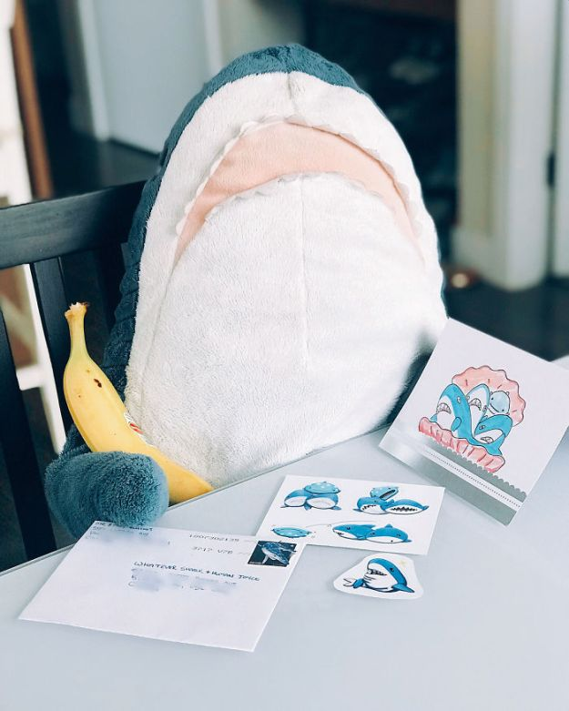 Bl8jUqzhclU-png__700 IKEA Released An Adorable Plush Shark And People Are Losing Their Minds Over It Design Random