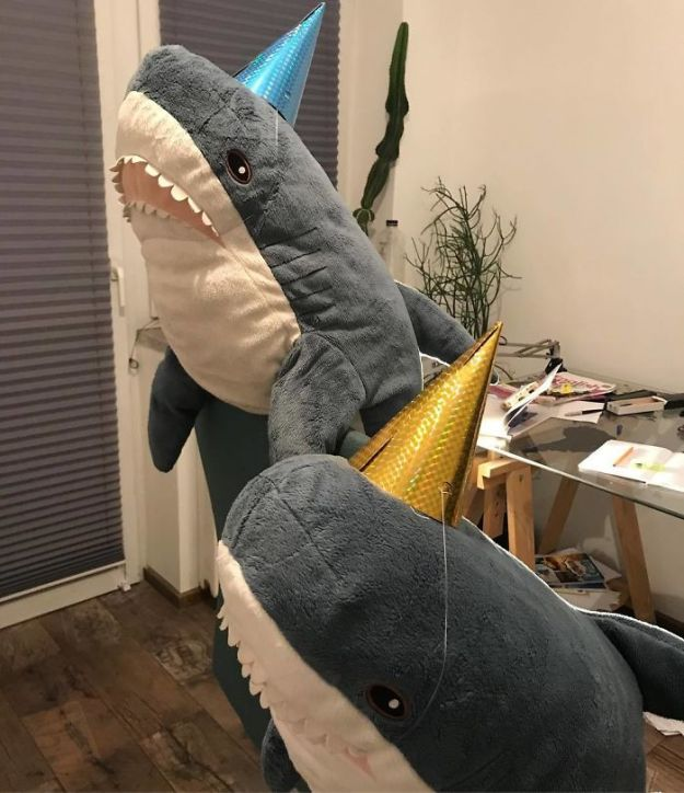 Bo9fsGhh3Hu-png__700 IKEA Released An Adorable Plush Shark And People Are Losing Their Minds Over It Design Random