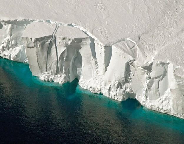 interesting-antarctica-facts-south-pole-5bd9c4448329b__700 27 Unbelievable Facts About Antarctica That Are 100% True Design Random