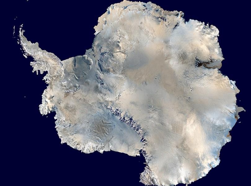 Antártica é 1.5 o tamanho dos EUA