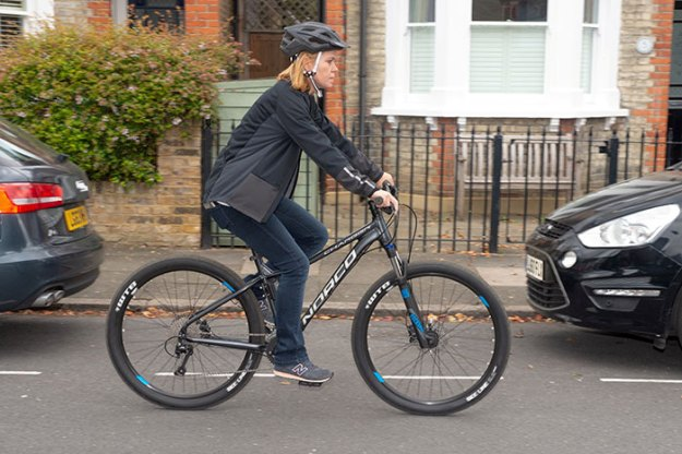 woman-steals-back-own-bicycle-gumtree-sharron-jensen-1-5bbb047cad603__700 The Way This Mom Got Back Her Stolen Bike From The Thief After Police Refused To Help Is Brilliant Design Random