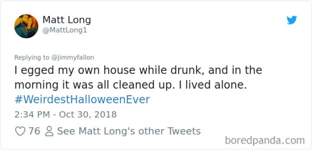 1057279581873299461-png__700 20+ People Share Their Weirdest Halloween Stories Design Random