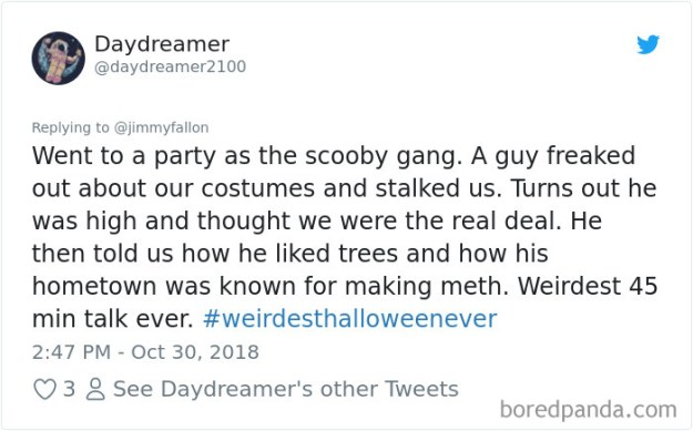 1057282837114695681-png__700 20+ People Share Their Weirdest Halloween Stories Design Random