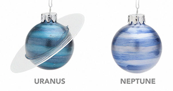 christmas-tree-decorations-planet-glass-ornaments-4-5be04464ee86b__605 Planetary Glass Ornaments Are A Thing And They're Out Of This World Design Random