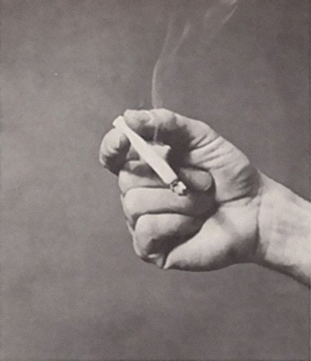 cigarette-psychology-1959-caper-magazine-dr-william-neutra-6-5bee968ecfd59__700 Bizarre 1959 'Cigarette Psychology' Article Explains 9 Ways People Hold Cigarettes And What It Says About You Design Random