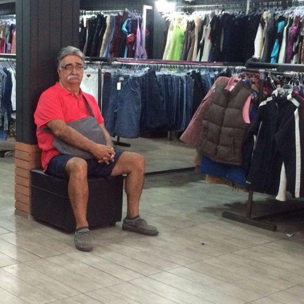 funny-miserable-men-shopping-photos-34-5bff9c1d1da1e__700 86 Funny Photos Of Men Shopping With Their Ladies Design Random