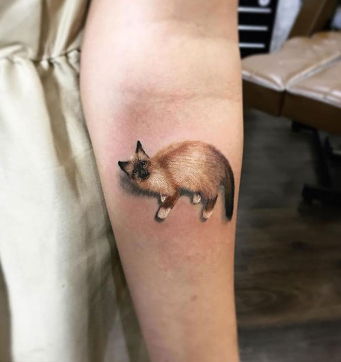 Amazing Cat Tattoo. It's An Awesome Work, It Pops Off The Skin