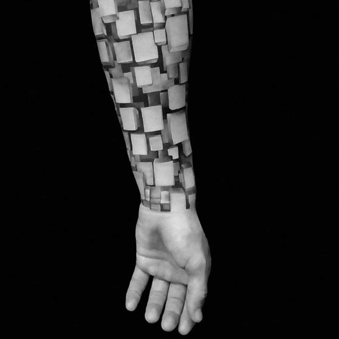 Impressive Realistic Tattoo Filled With 3D Blocks