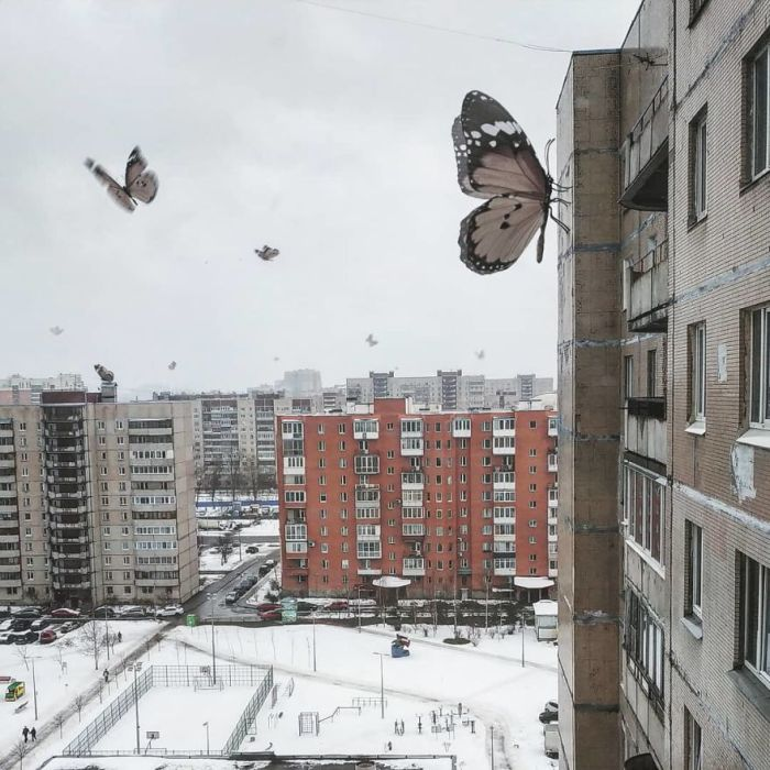 "Russian Artist Has Populated The City Of St. Petersburg With ""Fantastic Creatures"" And The Result Is Impressive"
