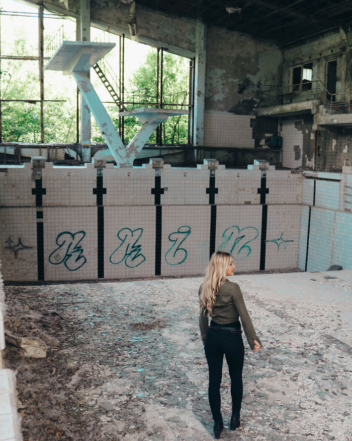 HBO 'Chernobyl' Creator Calls Out Influencers After These Pictures 16
