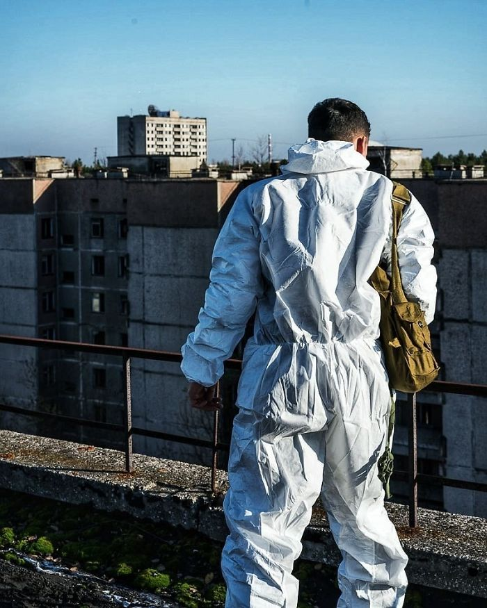 HBO 'Chernobyl' Creator Calls Out Influencers After These Pictures 21