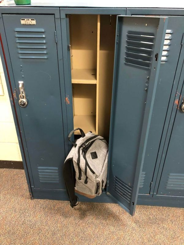 My School Locker Can't Even Fit My Backpack Because Of Those Shelves