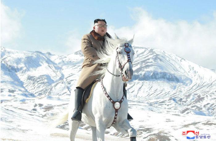 kim jong un 47 - Kim Jon-un e Vladmir Putin andaram juntos a cavalo?