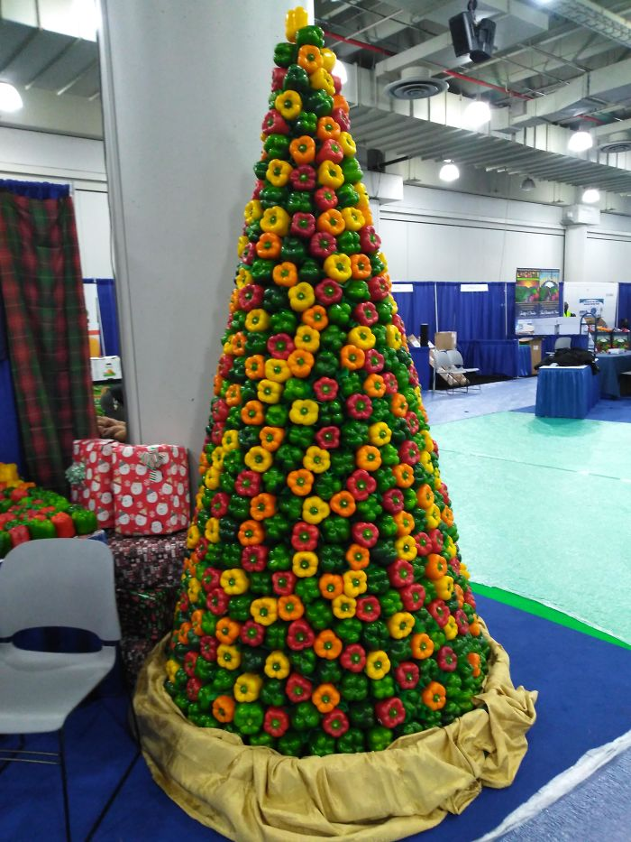 12 Foot Farmer's Christmas Tree Made Entirely Out Of Bell Peppers