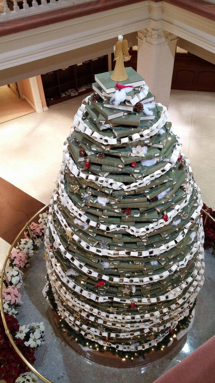 Encyclopedia Christmas Tree At My Local University