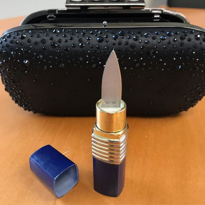 """You Won't Have A Beautiful Day If You Try To Bring This """"Lipstick"""" Through Airport Security"""