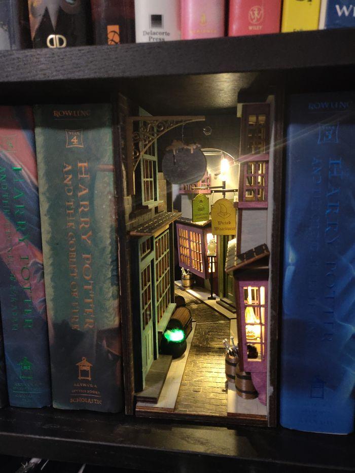 Diagon Alley Inspired Booknook