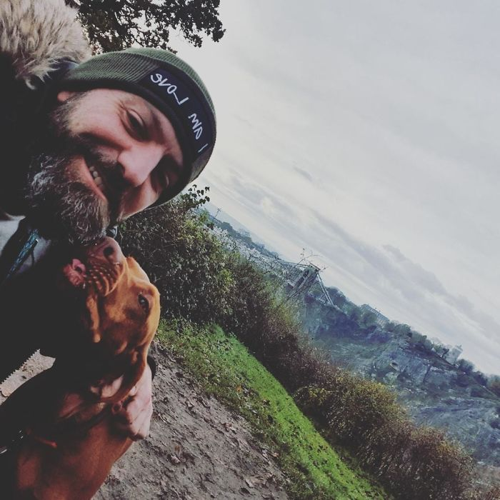 Guy Sets Up Dog Walking Group To Get Men Out In The Fresh Air And Talk About Mental Health