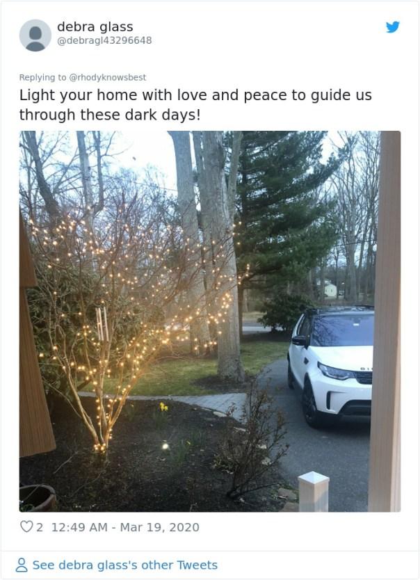 People-Decorate-Christmas-Lights-Coronavirus-Quarantine