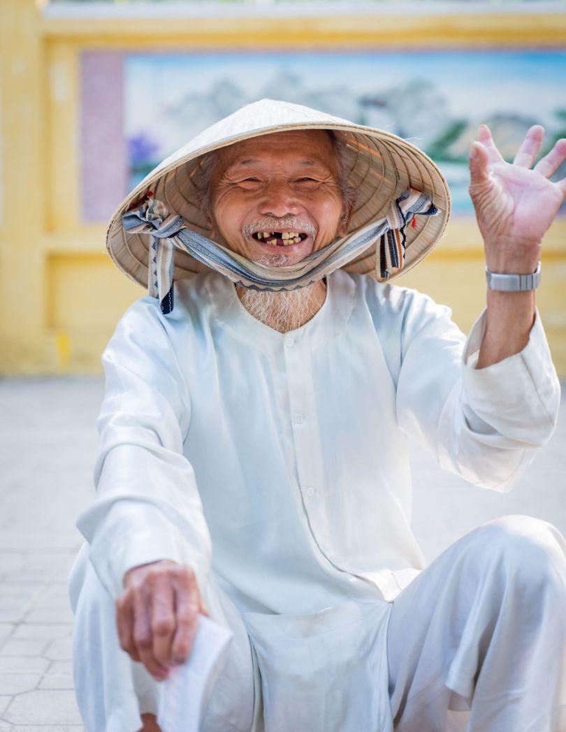 Hello Vietnam by andylam Vietnam 5e8f3d1d24ea7  880 - As 50 fotos profissionais mais alegres de 2020!