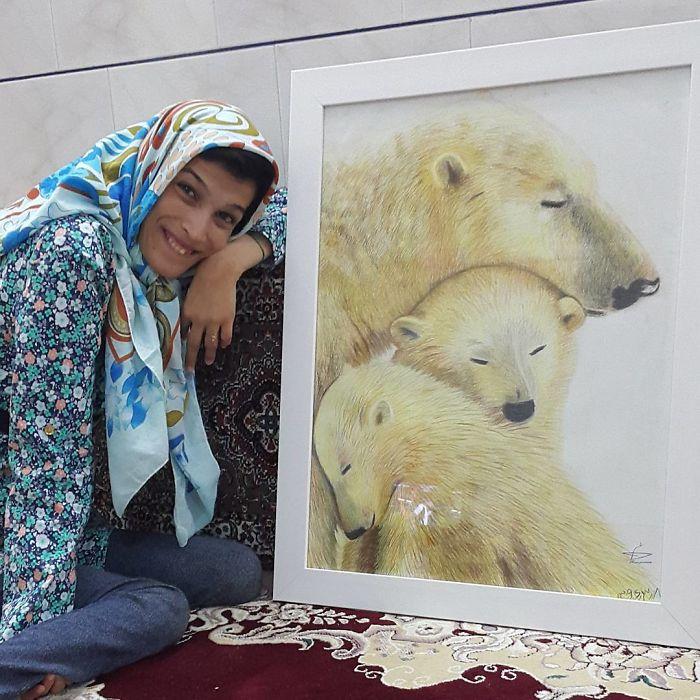 Iranian artist is thrilling the world by painting portraits with his feet 5ea6f97486dca  700 - Você não vai acreditar! Artista desafia a deficiência desenhando com o pé