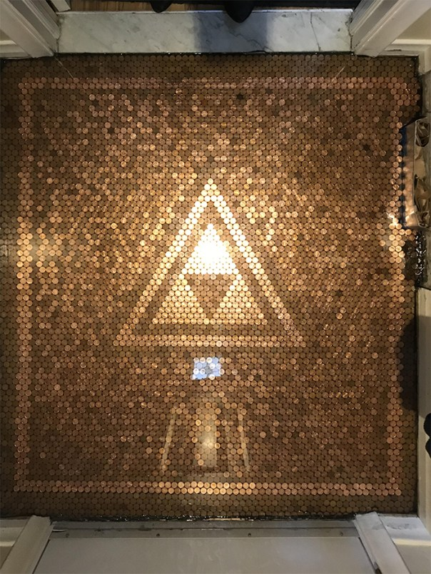 Covid-19 Confinement Project : Triforce Penny Floor