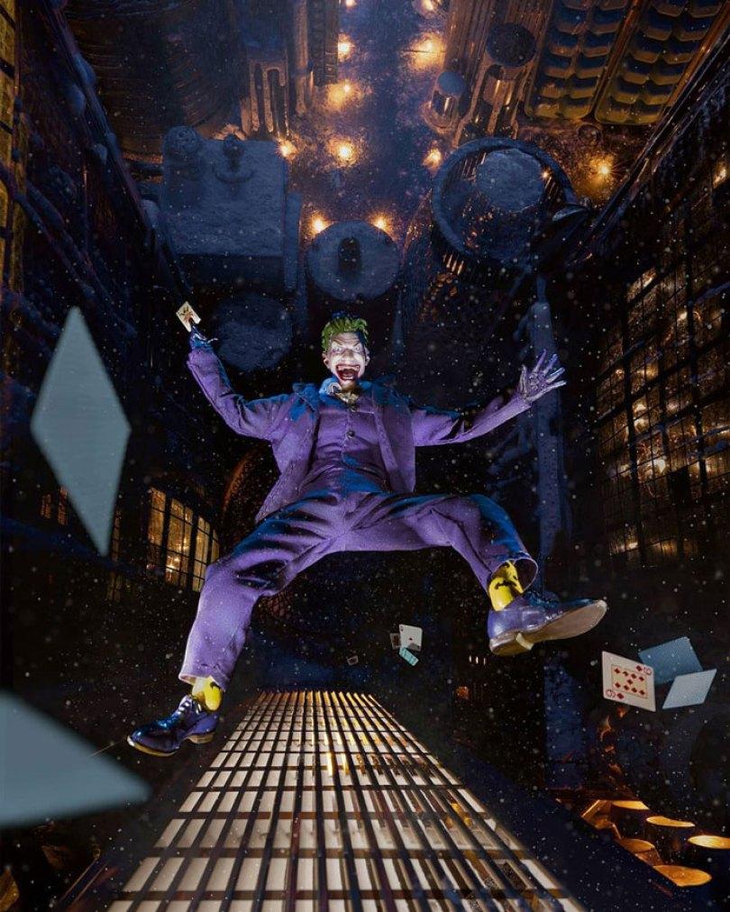 toy joker figurine photo using household items 1 5ec66173b044d  700 - Foto Impressionante - Você não vai acreditar como ele fez esta foto!