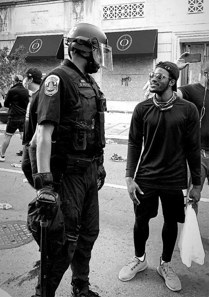 31.05.20 Вашингтон, округ Колумбия  «Что не показывают СМИ»
