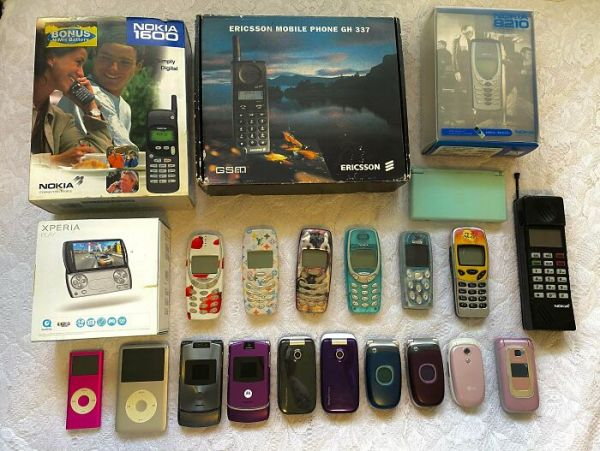 My Collection Of Old Electronics That I Cannot Throw Out