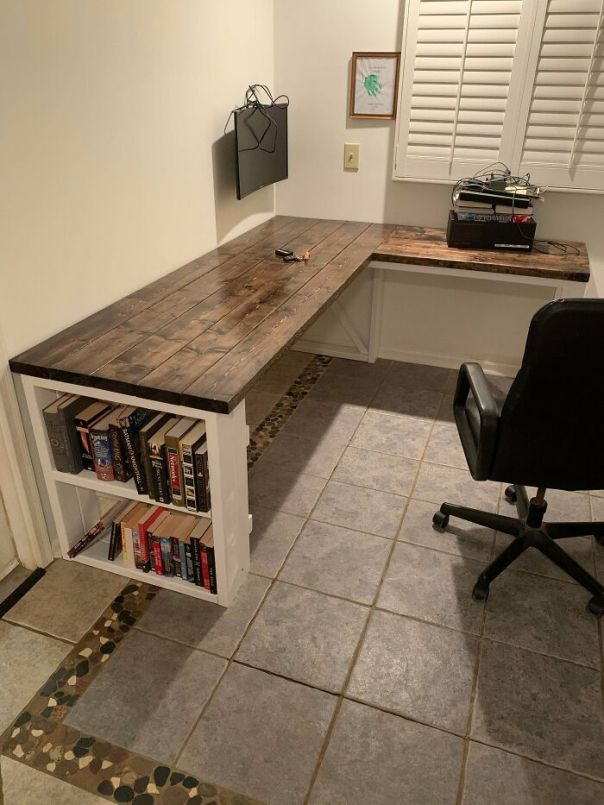 Finally Got Around To Finishing My First Real Desk, I'm Super Proud