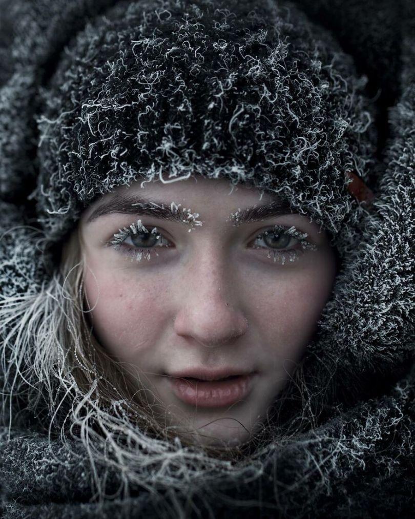 Photographer Alexey Vasiliev shows the daily life of Russias coldest region 603754f8b09a0  880 - Qual a menor temperatura já registrada na Terra?