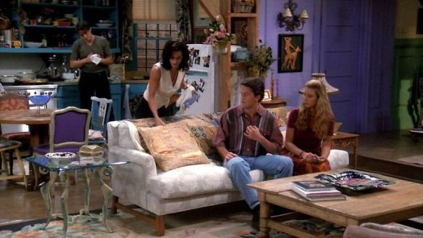 How Could Monica Afford A 2 Bedroom Apartment In NYC??? In Friends. It's So Unrealistic!
