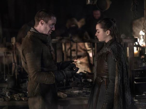 """Gendry Calls Himself """"Gendry Rivers"""" When Talking To Arya. People Think Since He Is Robert Baratheon's Bastard And Was Born In King's Landing, He Should Be Called """"Gendry Waters"""". Game Of Thrones"""