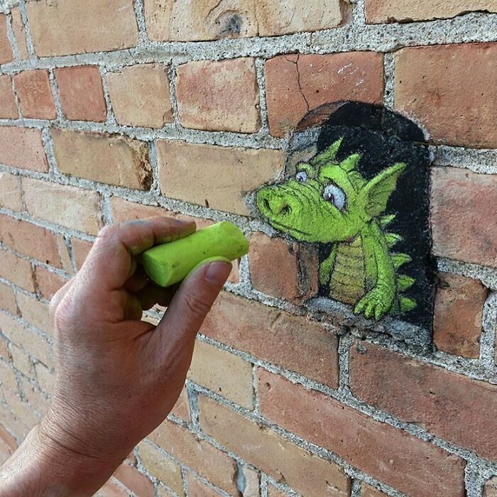 Artist Manages To Extract Life From The Streets And Walls In An Improvised And Joyful Way (New Pics)