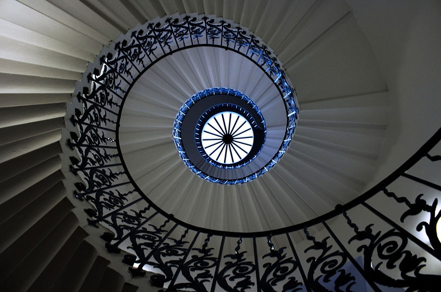 20 Mesmerizing Examples Of Spiral Staircase Photography Bored Panda | Spiral Staircase Near Me | Steel | Local Handyman | Handrail | Curved Staircase | Staircase Design