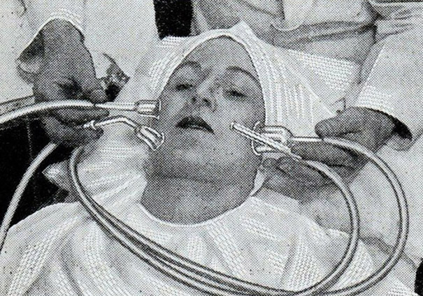 How Beauty Procedures Looked In The 1930s40s  Bored Panda