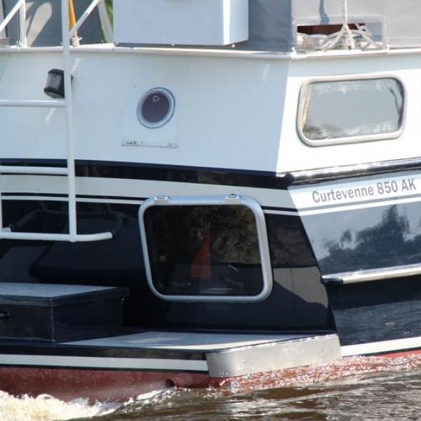 Tjisse  Motorjachten  Nieuwebrug  botentehuurnl