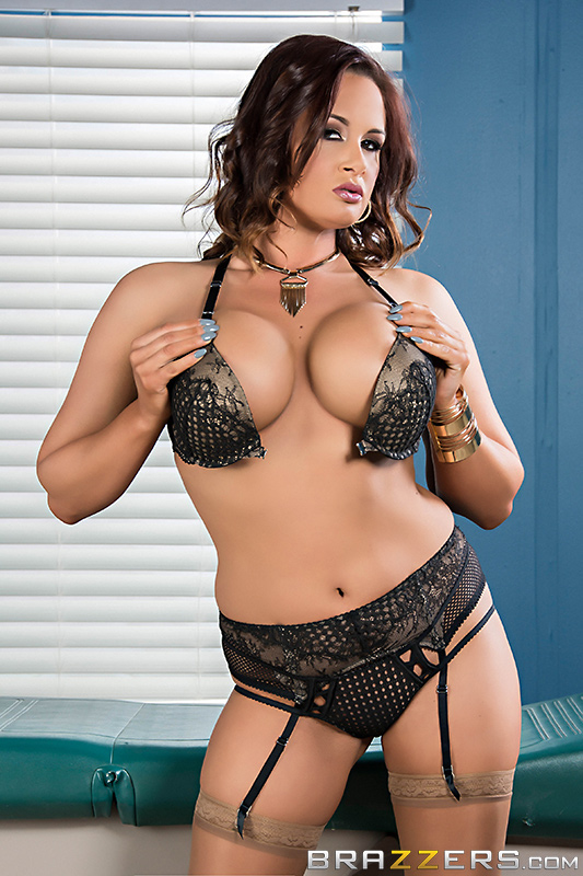 Tory Lane - Brazzers - Doctor Adventures - Going Once, Cumming Twice