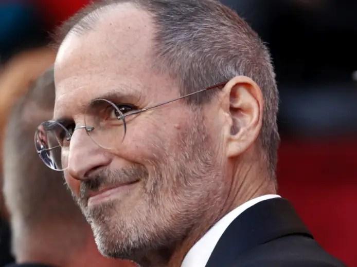 Steve Jobs looks dapper