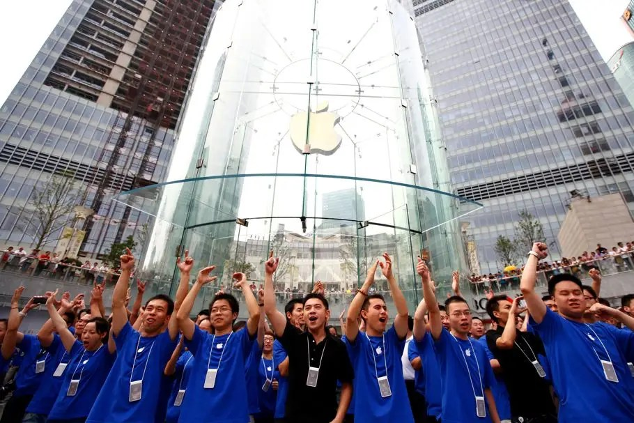 Inside Apple's Amazing Store In China