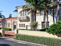 House Of Day Italian-style Mansion Palm