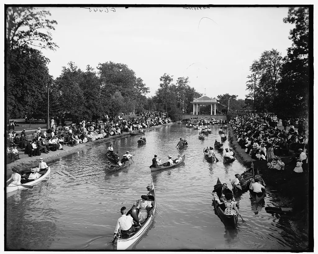THE CANAL: The canal at Belle Isle Park was made for a romantic boat ride. Here in 1907, a band plays on the bridge above the canal while people watch in the boats and on the banks of the water.