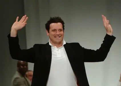 In 2008, Isaac Mizrahi was brought into reinvent the lines.