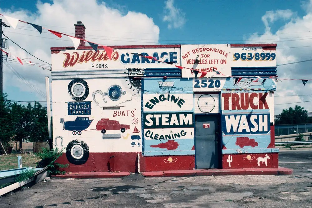 Willie's Garage, 1991