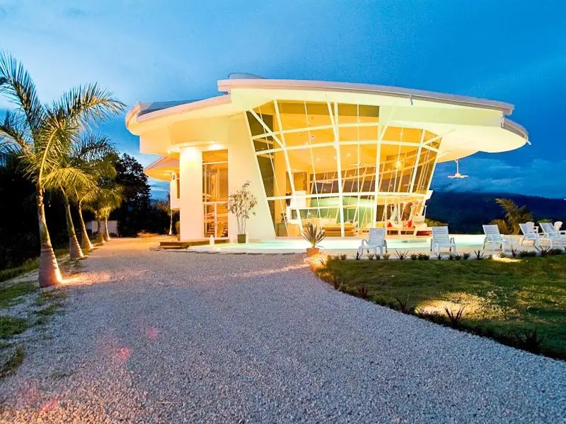 10 Glass Houses You Can Buy Right Now  Business Insider