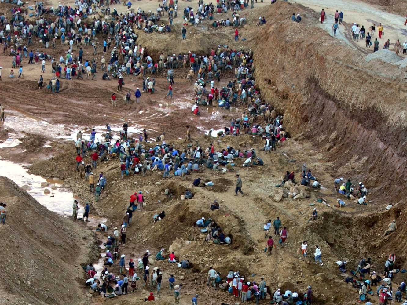 The Mongolian Gold Rush Has Pitted Ninja Miners Against Some Of The Biggest Companies In The